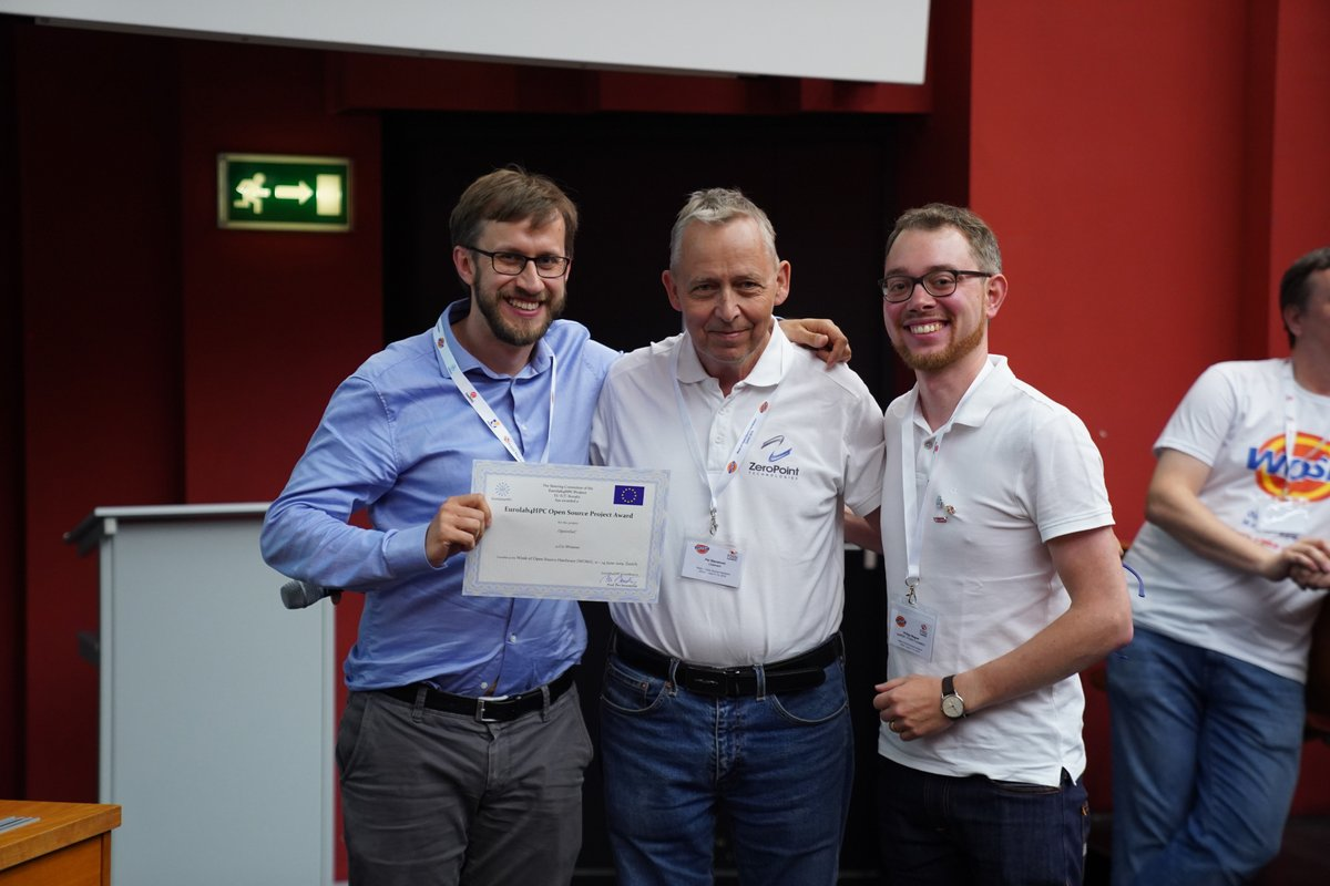 Stefan and Philipp accept the award at WOSH